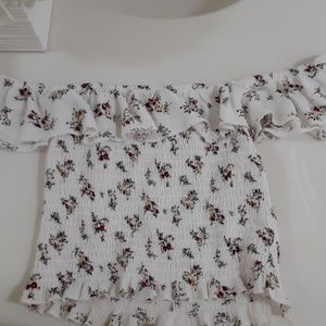 White Crop Top With Flowers